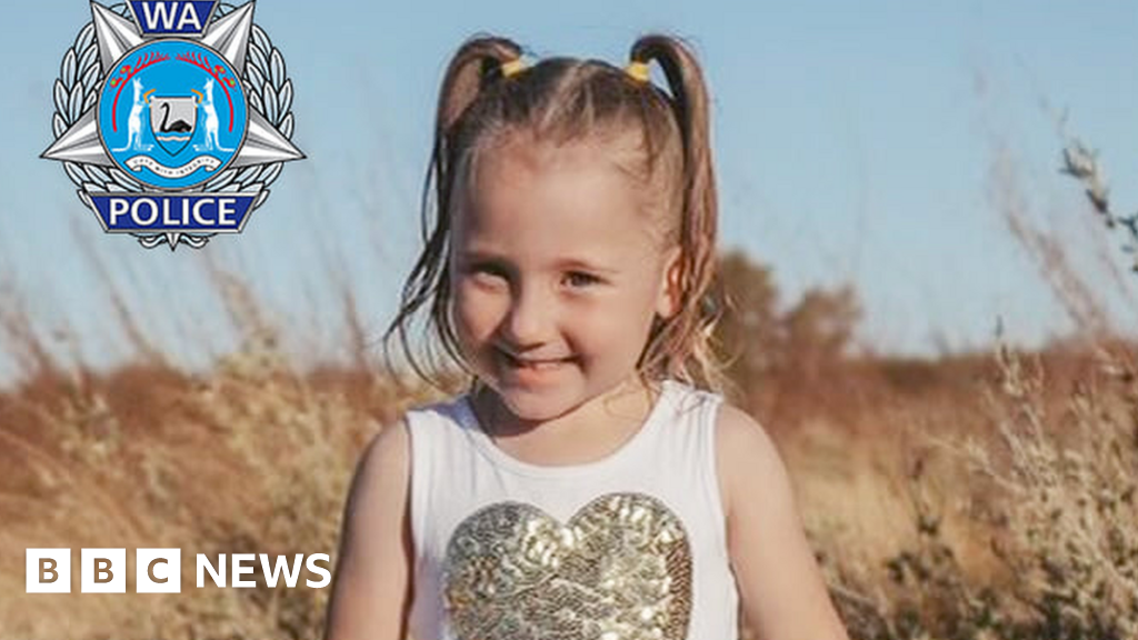 Cleo Smith: 'Grave concerns' for Australian girl missing from beach campsite