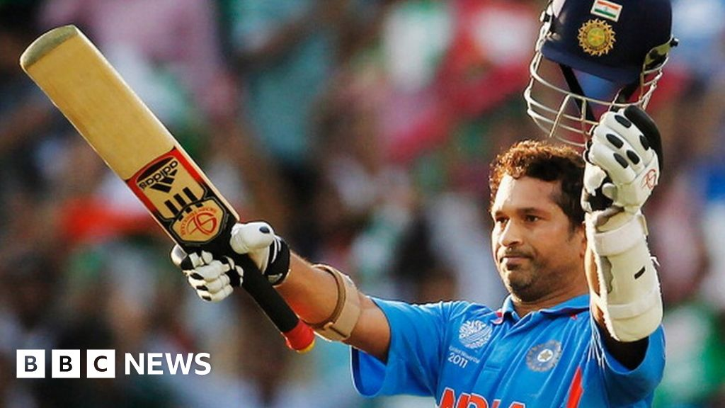 Sachin Tendulkar: India cricket legend in hospital with Covid-19 - BBC News
