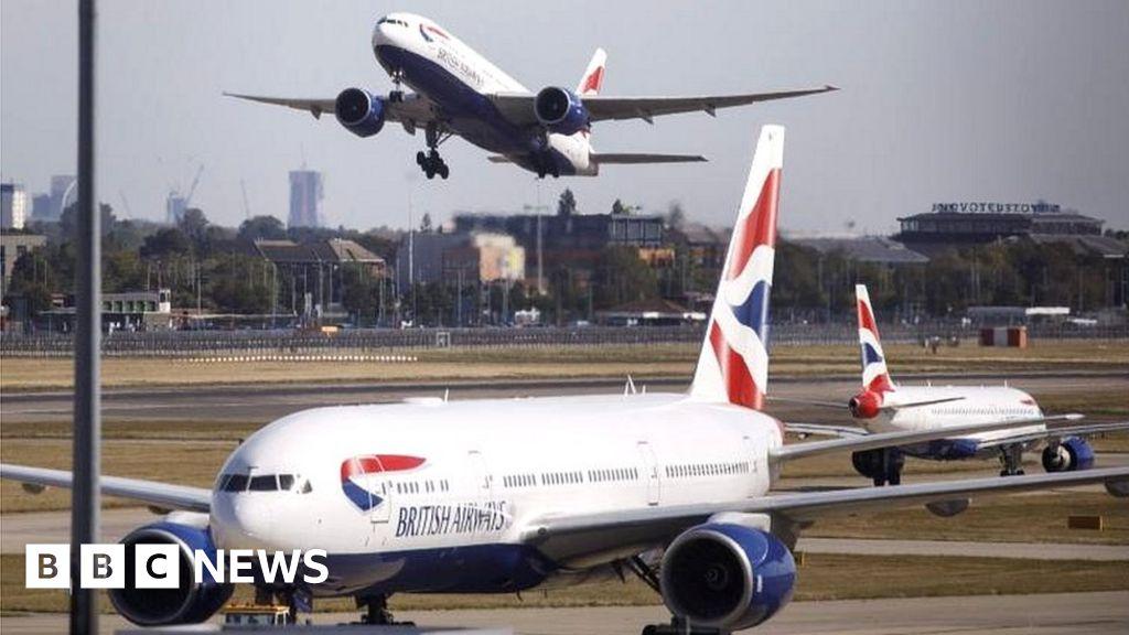 Airlines warn of coronavirus bookings hit