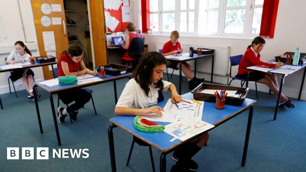 Coronavirus: Last-minute schools advice on reopening 'reprehensible'