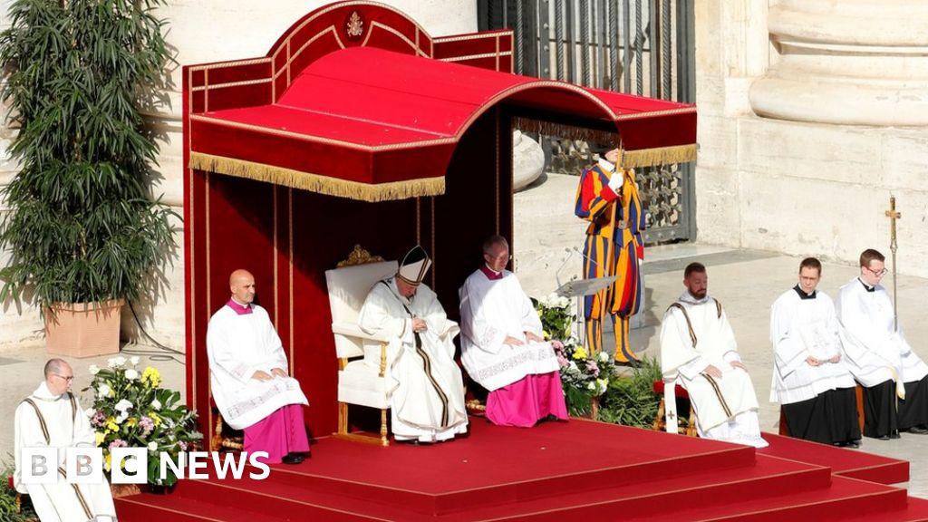 Cardinal Newman declared a Saint by Pope