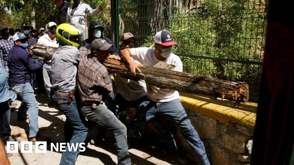 Mexico reaches water deal with US despite violent protests