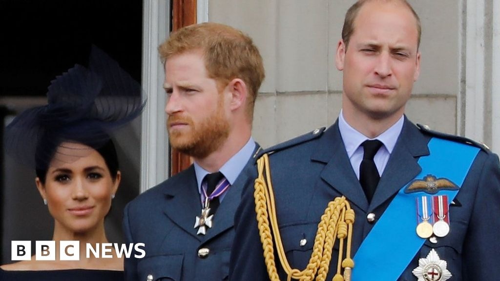 William 'worried' about Harry after interview