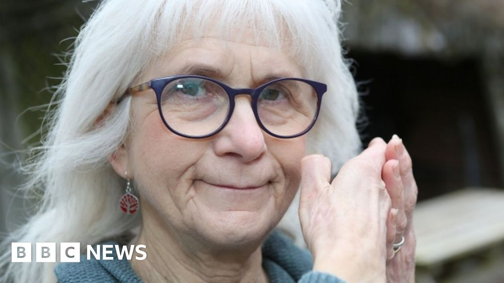 The Woman Who Doesnt Feel Pain - Bbc News-1577