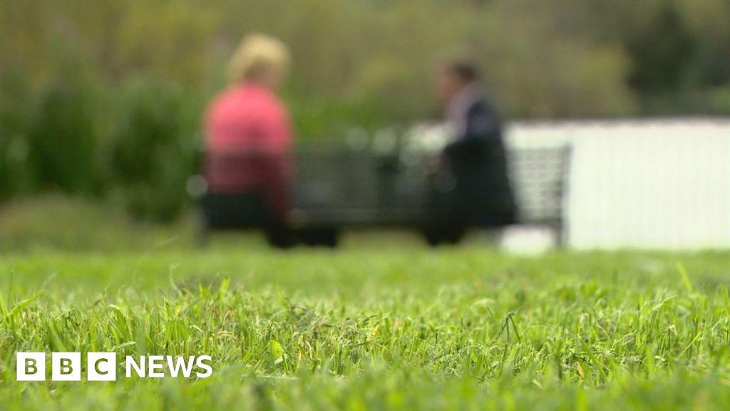 Parents 'kept in the dark' over daughter in adult psychiatric unit