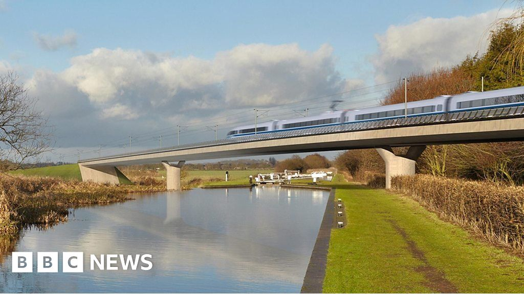 Image of HS2 crossing a viaduct on its proposed route