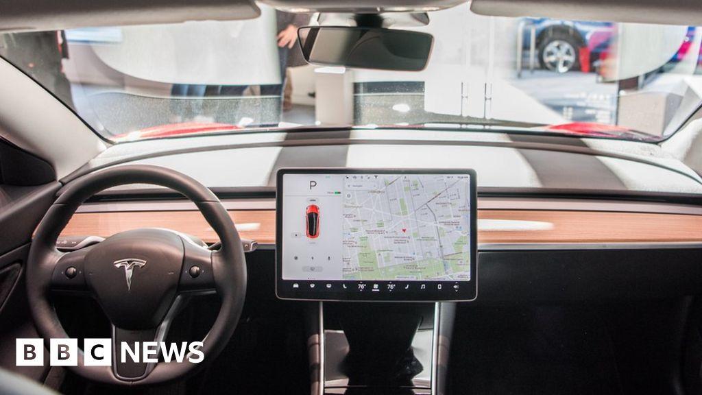 bbc.co.uk - Tesla withdraws self-driving beta after problems - BBC News