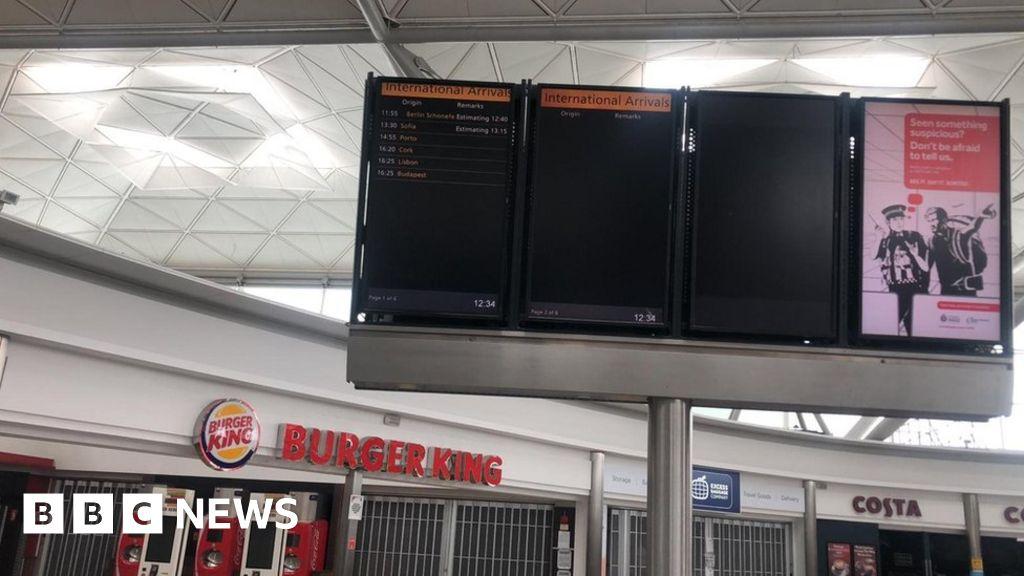 Coronavirus: London Stansted Airport passengers react quarantine