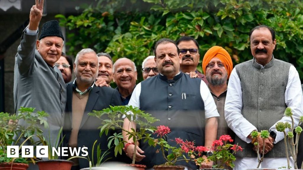 Kashmir conflict: Pro-India politicians feel  betrayed  by Modi