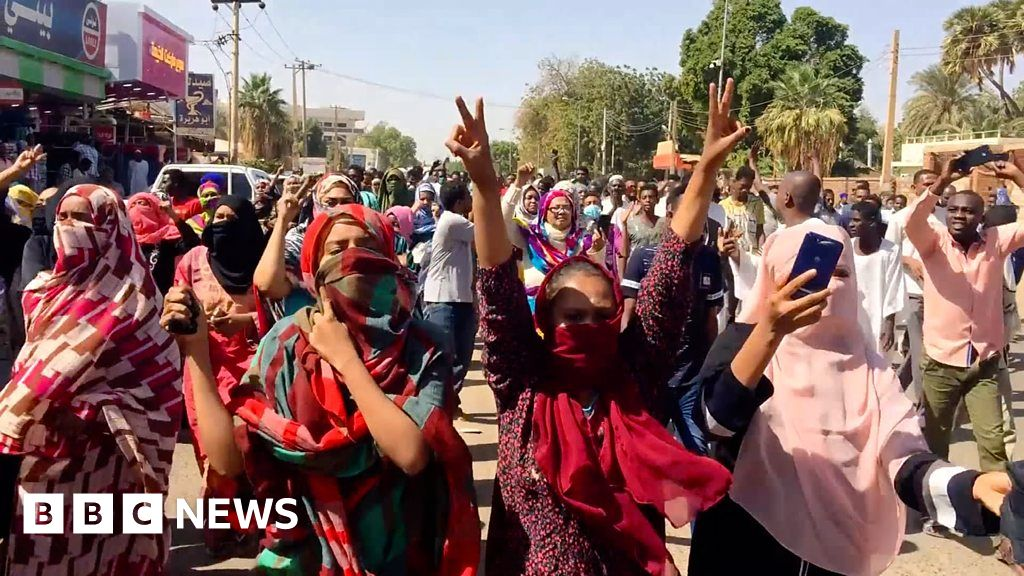 Sudan protests: What's going on? - BBC News