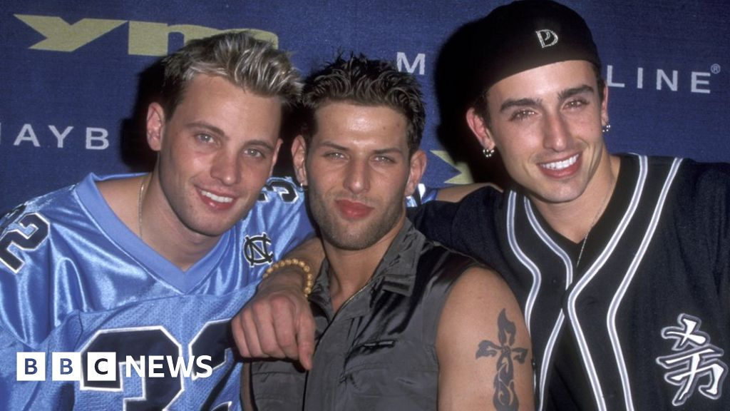 Devin Lima: Singer with US boy band LFO dies at 41