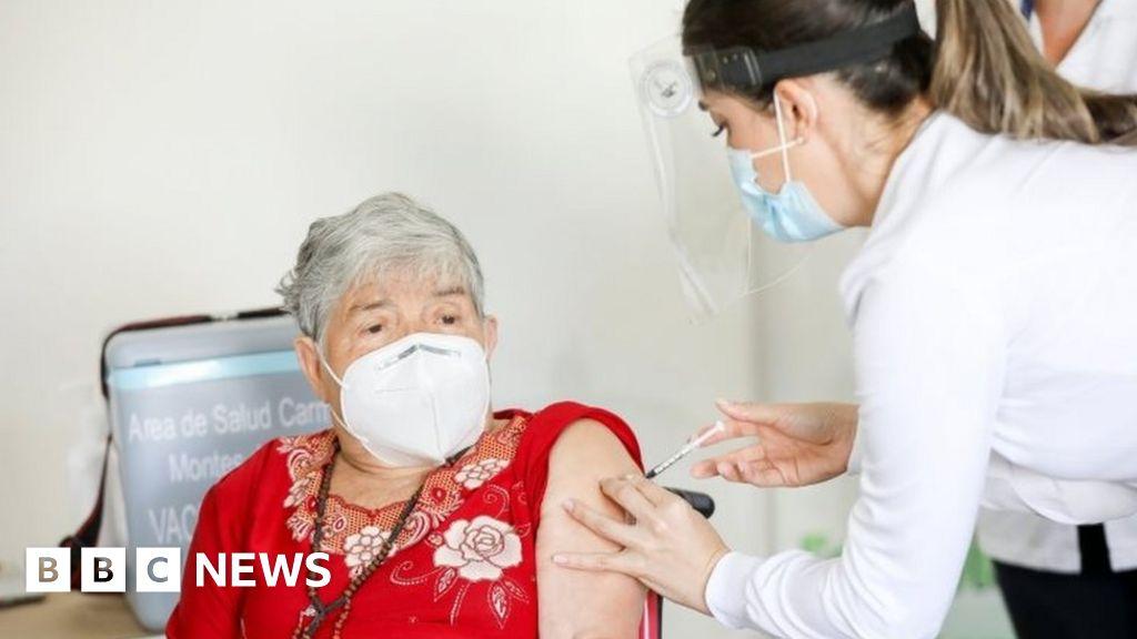 Covid: Mexico, Chile and Costa Rica start mass vaccination