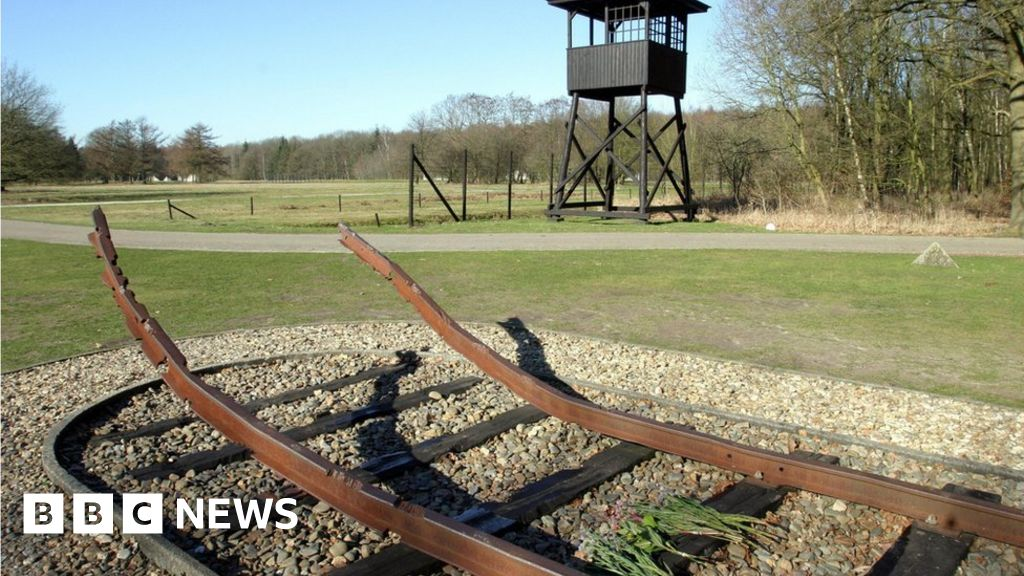 Dutch rail to pay tens of millions over Holocaust