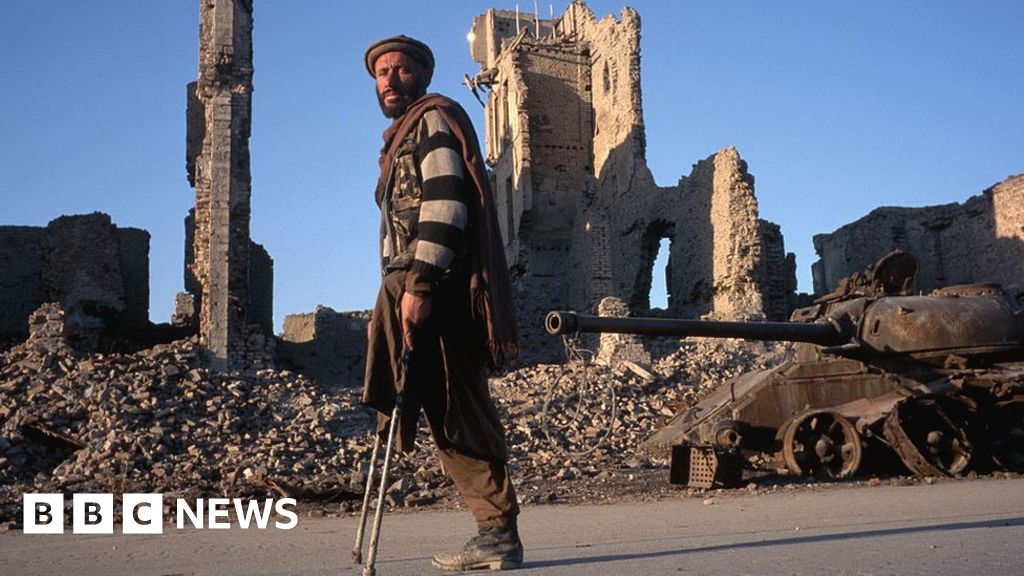 Why British Afghans have fears for their homeland s future