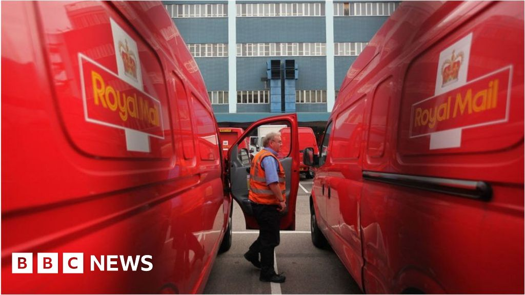Royal Mail fined for late letters and overcharging thumbnail