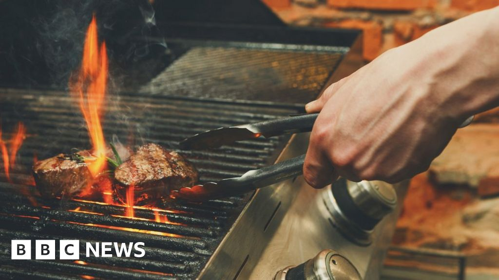 Australian goes to court over BBQ smells