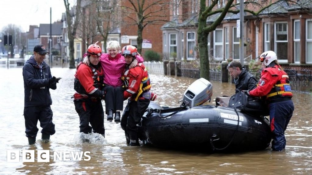 Storm Desmond: Your questions answered - BBC News