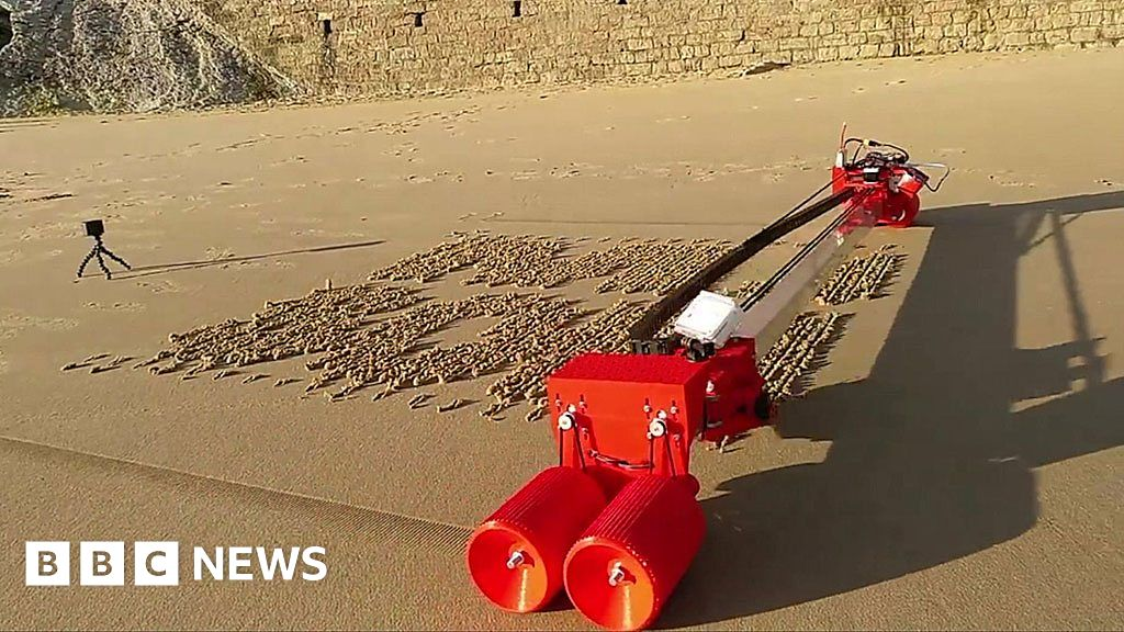 The Sand-drawing Robot and Other Tech News