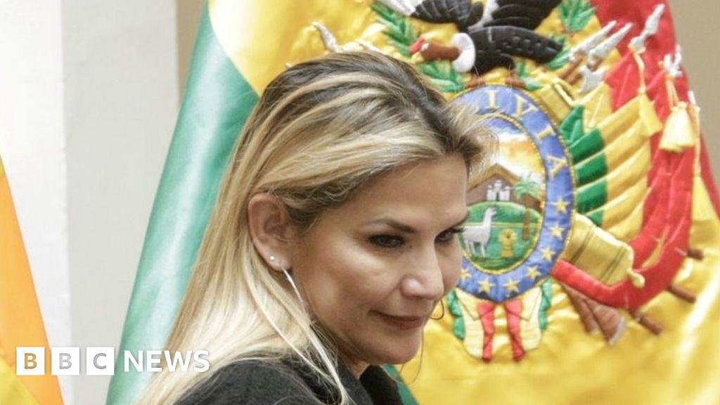 Bolivia's interim leader Jeanine Áñez quits presidential race