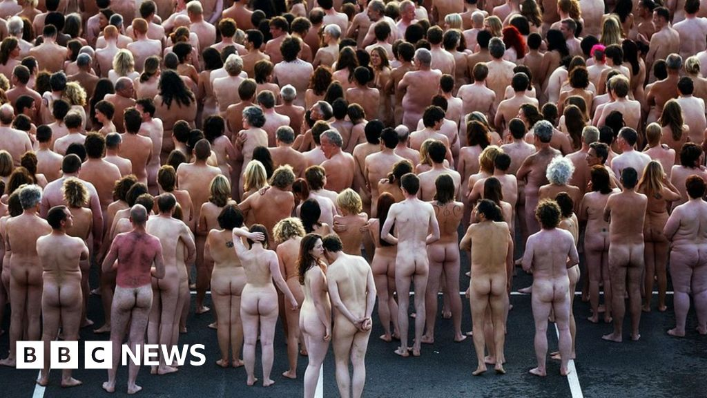 nude fake bathroom scene
