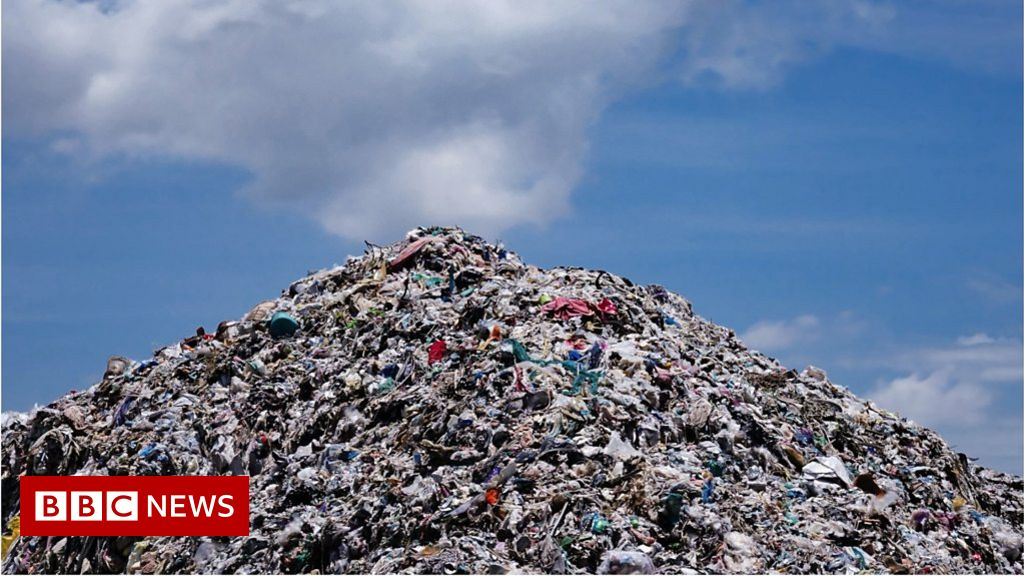 The Women Fighting Fast Fashion Waste Bbc News