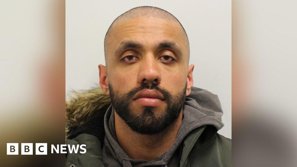 Police officer who stole drug dealers' cash jailed