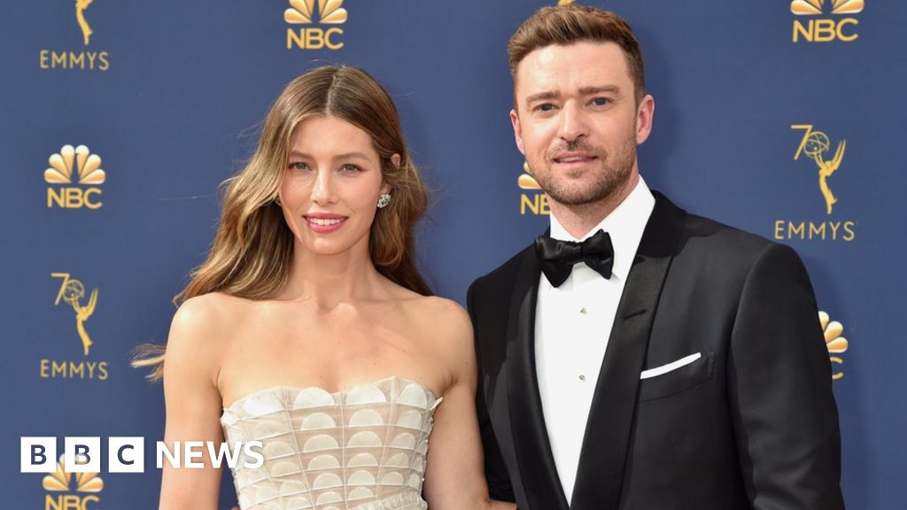 Justin Timberlake says sorry to Jessica Biel for  lapse in judgement