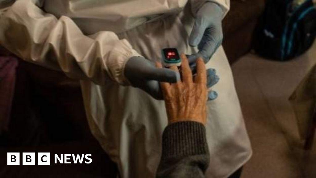 'Oldest woman in Spain' beats coronavirus at 113 thumbnail