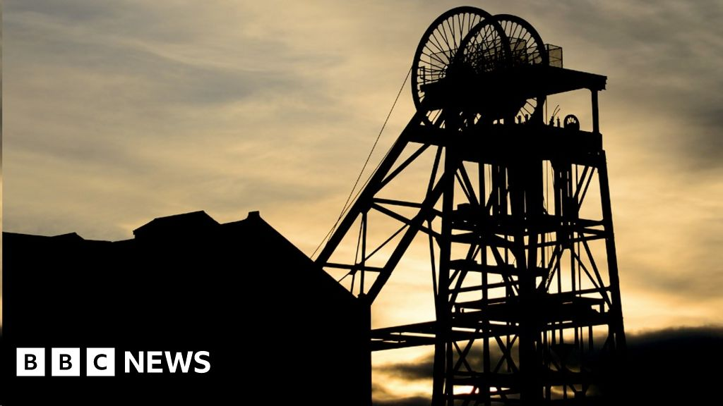 bbc.co.uk - Climate change, a coalmine and a town that needs jobs - BBC News