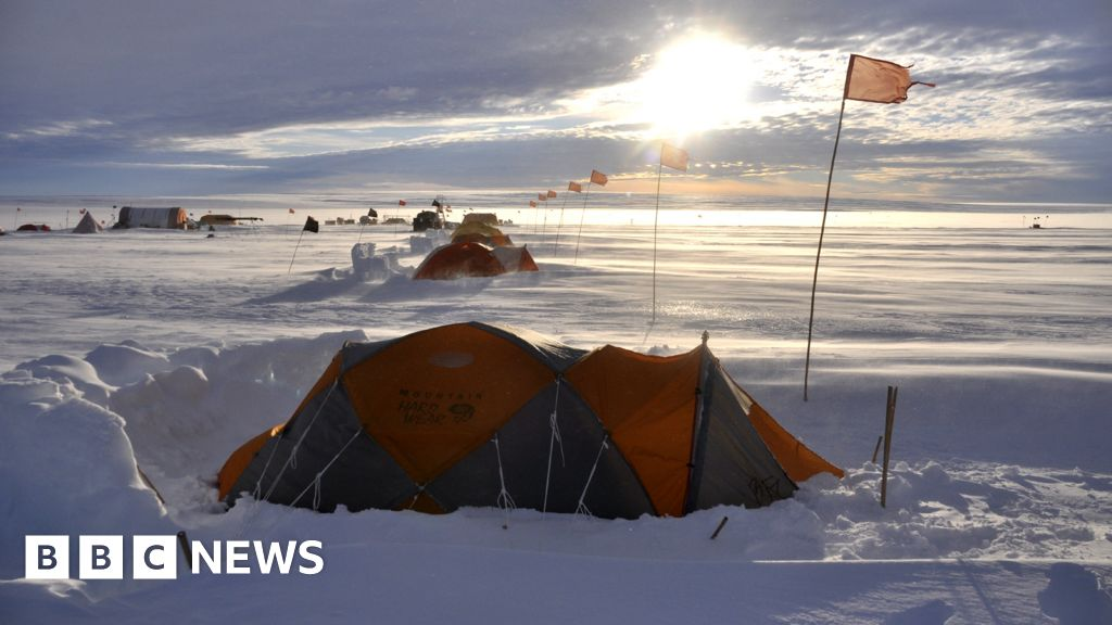 Antarctica melting: Journey to the 'doomsday' glaci thumbnail