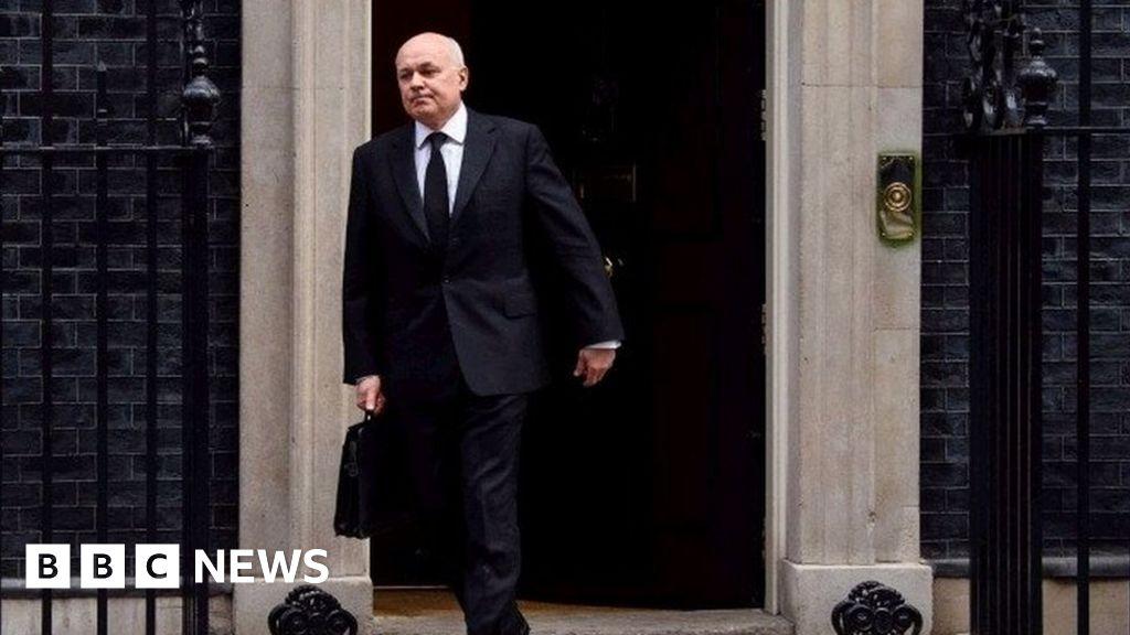 In full Iain Duncan Smith resignation