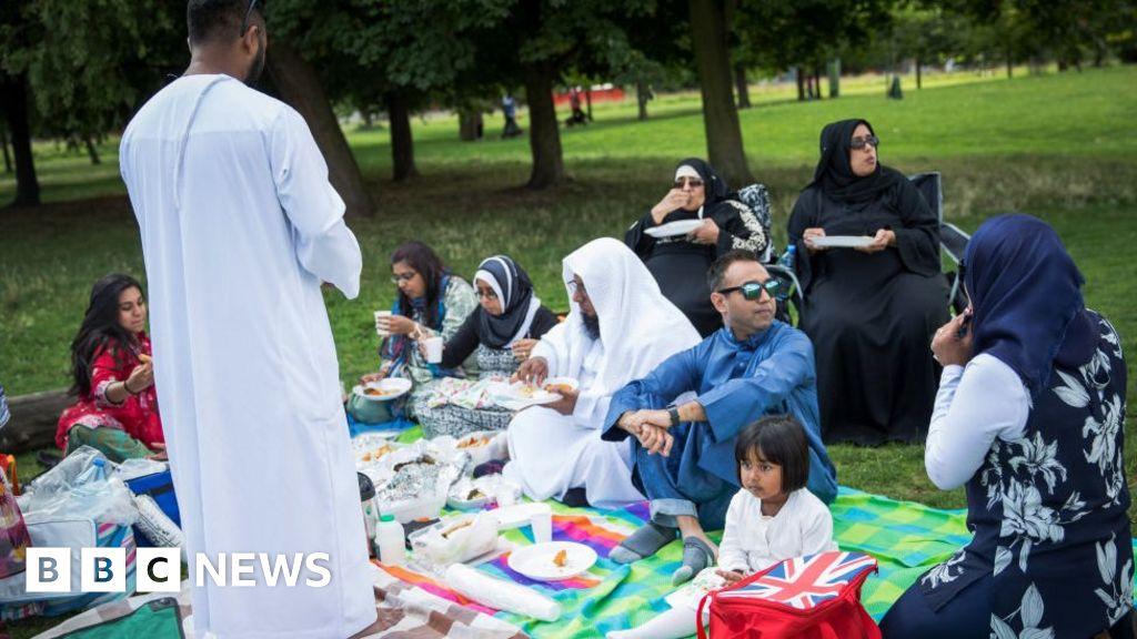 Muslims urged to avoid communal Eid celebrations