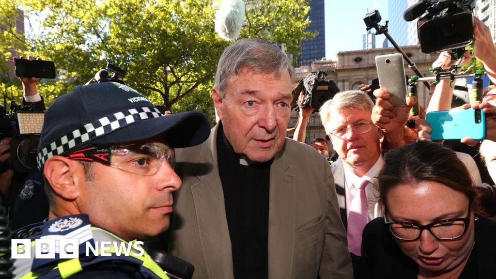 Court quashes Cardinal Pell's abuse conviction