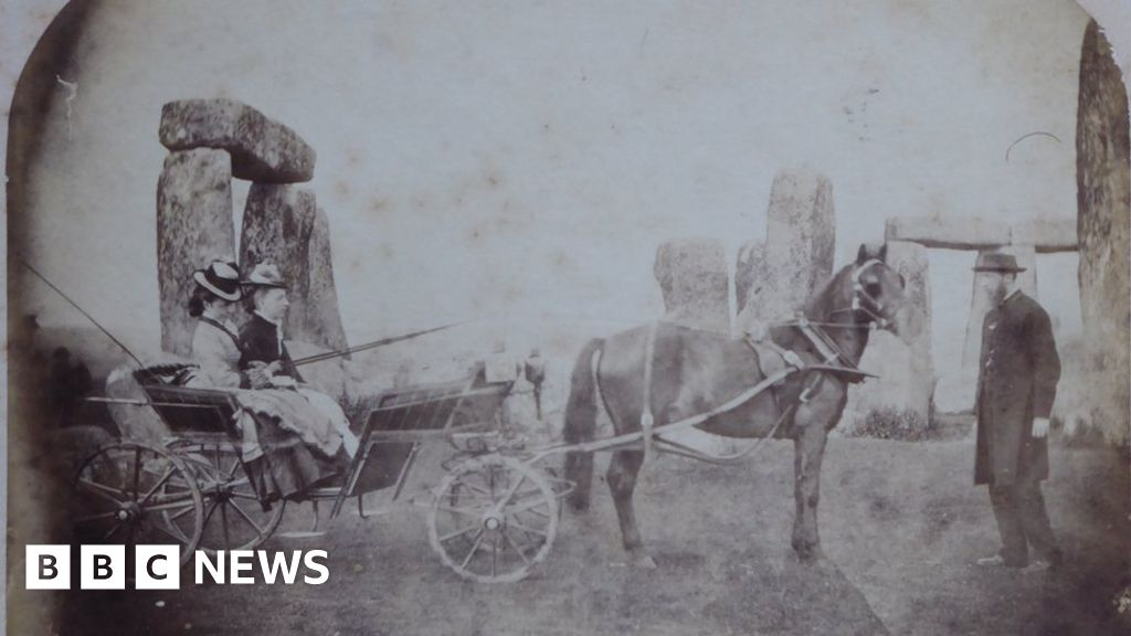 Stonehenge 1875 family photo may be earliest at monument