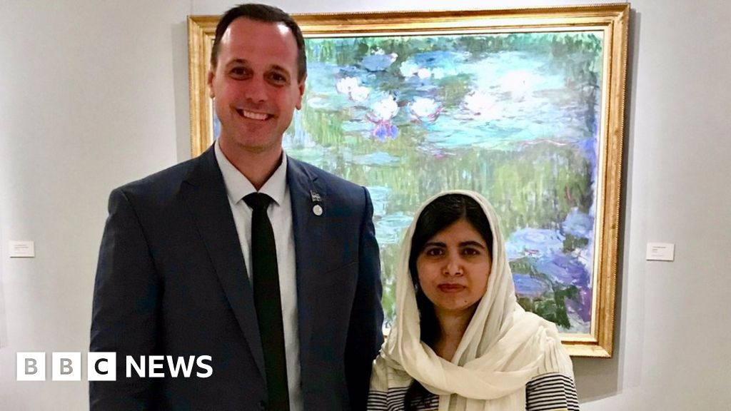 Why this photo of a politician with Malala is being criticised