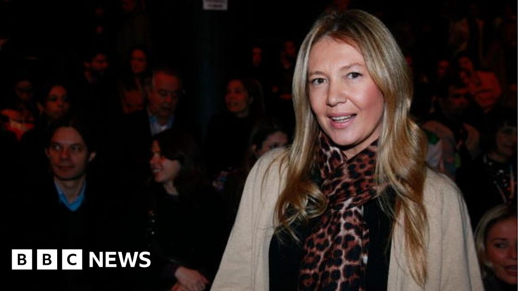 Vogue Brazil exec quits over 'slave party' criticism