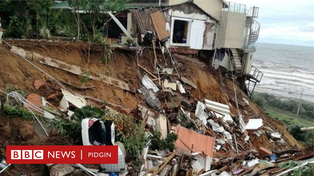 Floods for South Africa don kill 60 pipo