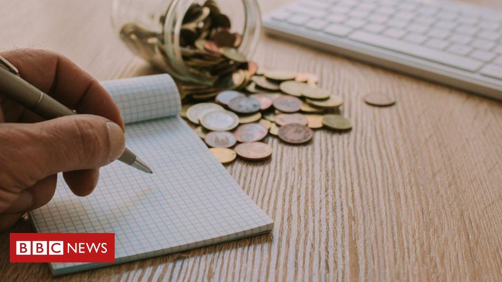 Por que é polêmico comparar as contas do governo com o orçamento doméstico?