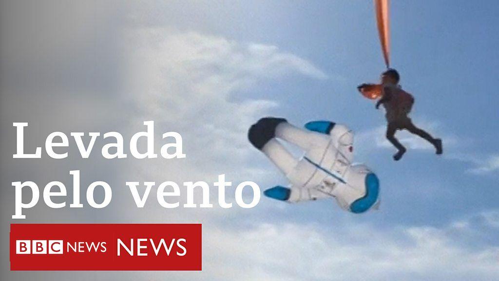 Menina é lançada ao ar por pipa em Taiwan - BBC News Brasil