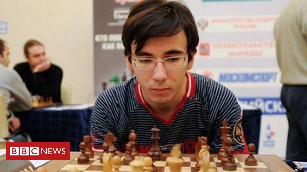 A trágica morte de campeão russo de xadrez que caiu de prédio ao praticar parkour
