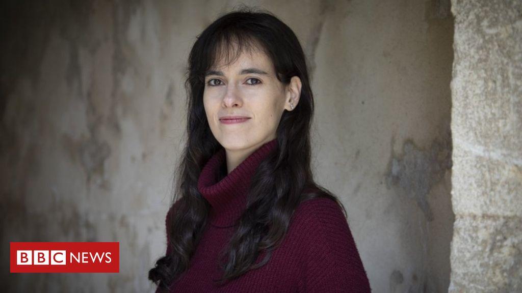 'Falta de privacidade mata mais que terrorismo': o surpreendente alerta de professora de Oxford - BBC News Brasil