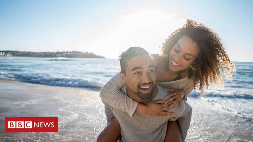 Resultado de imagem para Linguista afirma ter encontrado 14 formas de amor ao redor do mundo