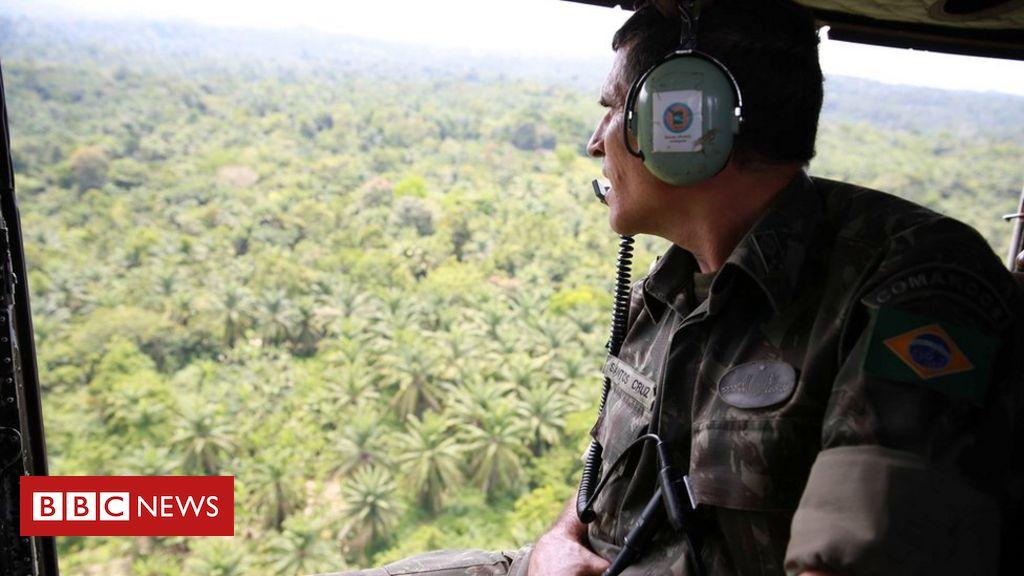 Santos Cruz deixa ministério do governo Bolsonaro; conheça a trajetória do militar