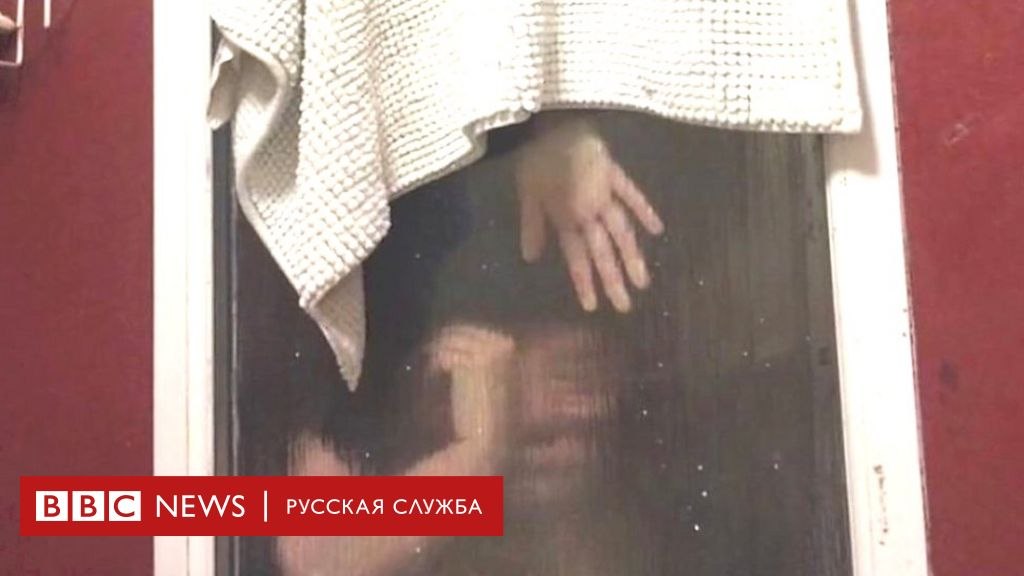 Порно девушке в туалете видео огромный искусственный