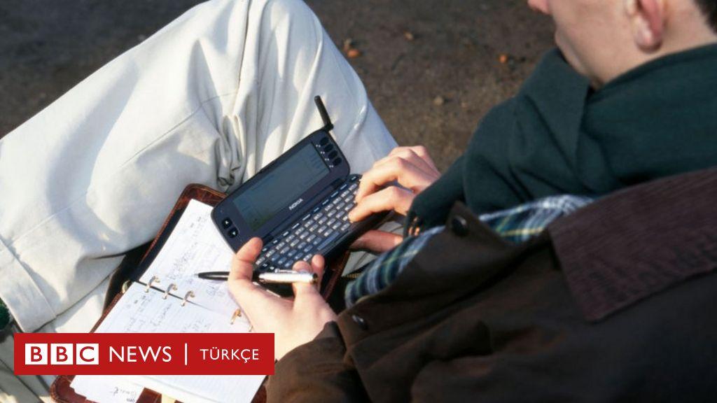 İlk akıllı telefon Nokia 9000 Communicator piyasayı alt üst edeli 25 yıl oldu - BBC News Türkçe