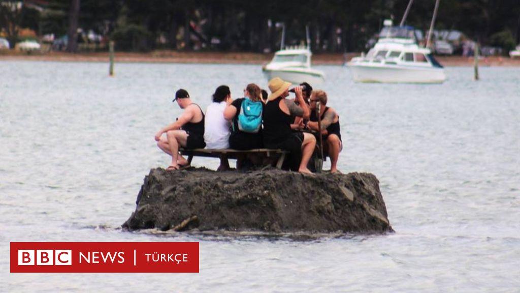 Sahilde alkol yasağını kumdan adayla deldiler 83