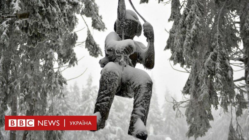 Європу засипає снігом. В деяких районах життя паралізоване