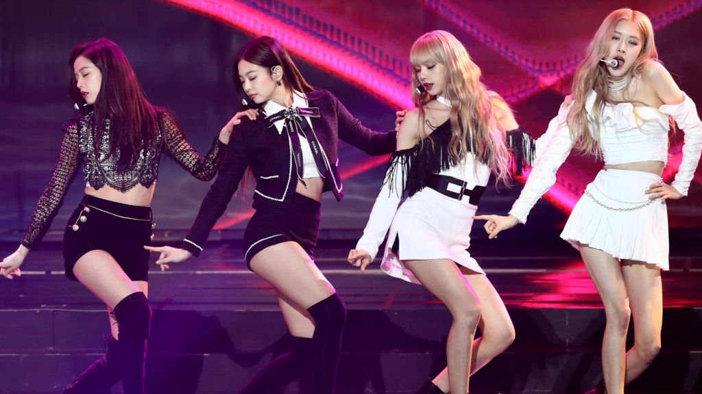 Blackpink: K-pop group's Kill This Love video sets YouTube record