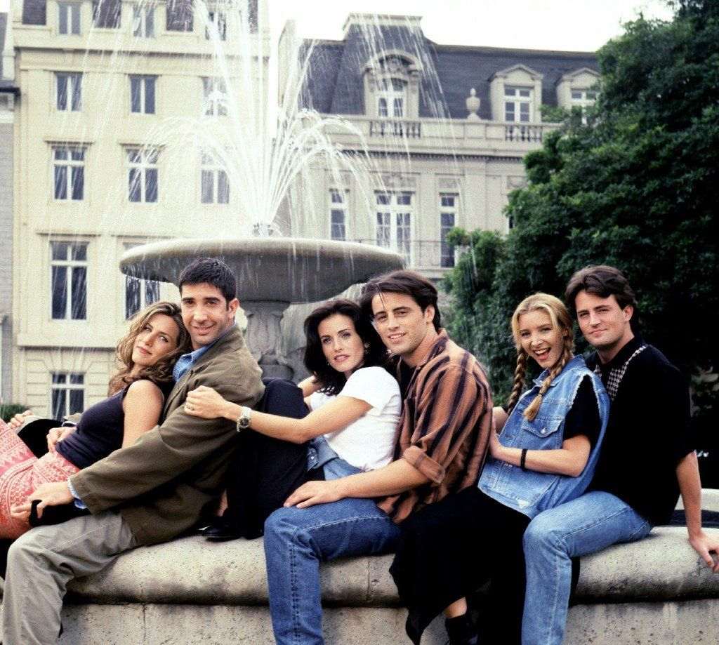 Cast of Friends at the iconic fountain from the opening titles