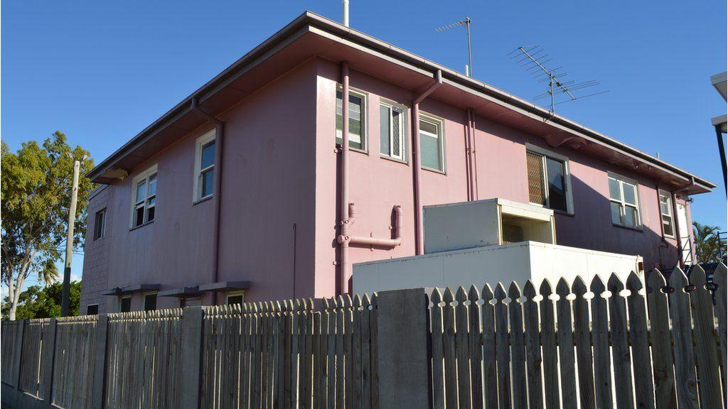 Shelleys Hostel, Home Hill